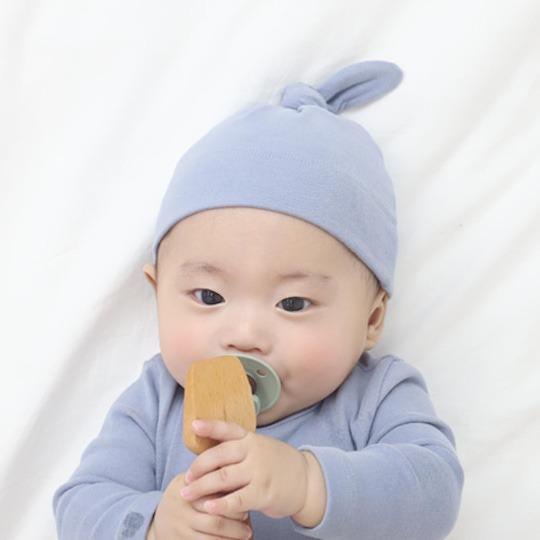 Deep Blue Top Knot Hat