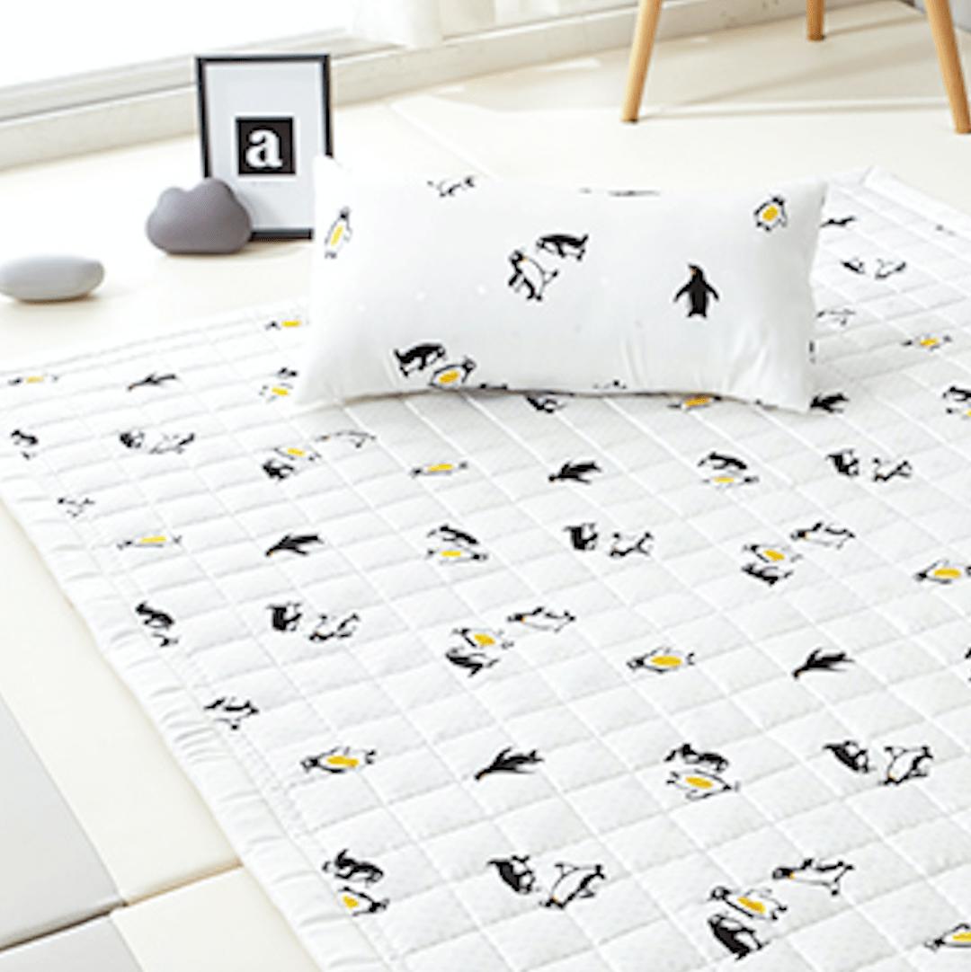Artificial Silk Premium Cooling Babycare Mat – Penguin