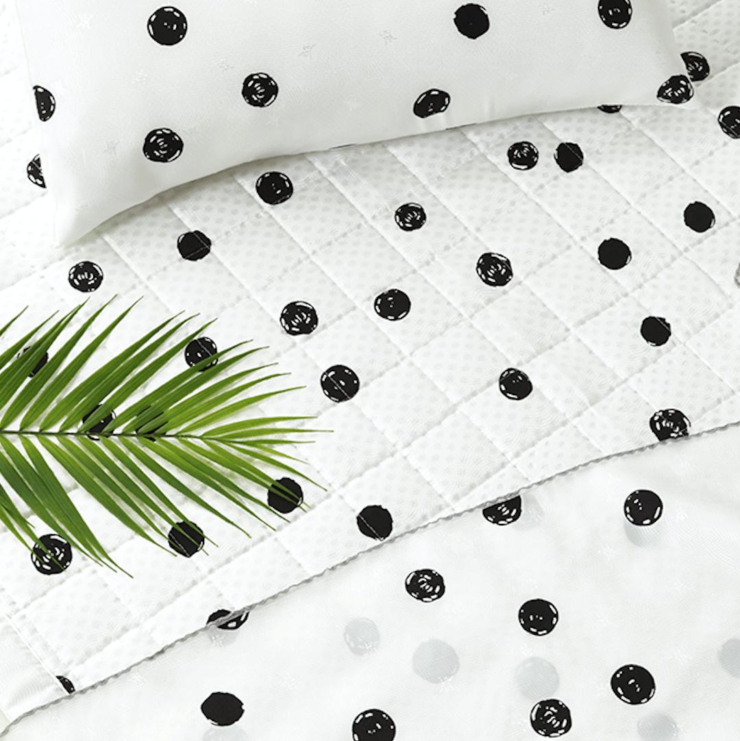[QUEEN] Artificial Silk Premium Cooling Babycare Mat – Summer Dot