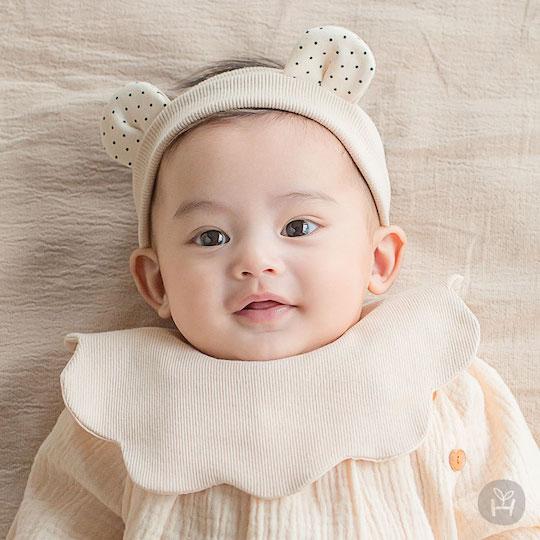 Creamy Babybib + Hairband Set
