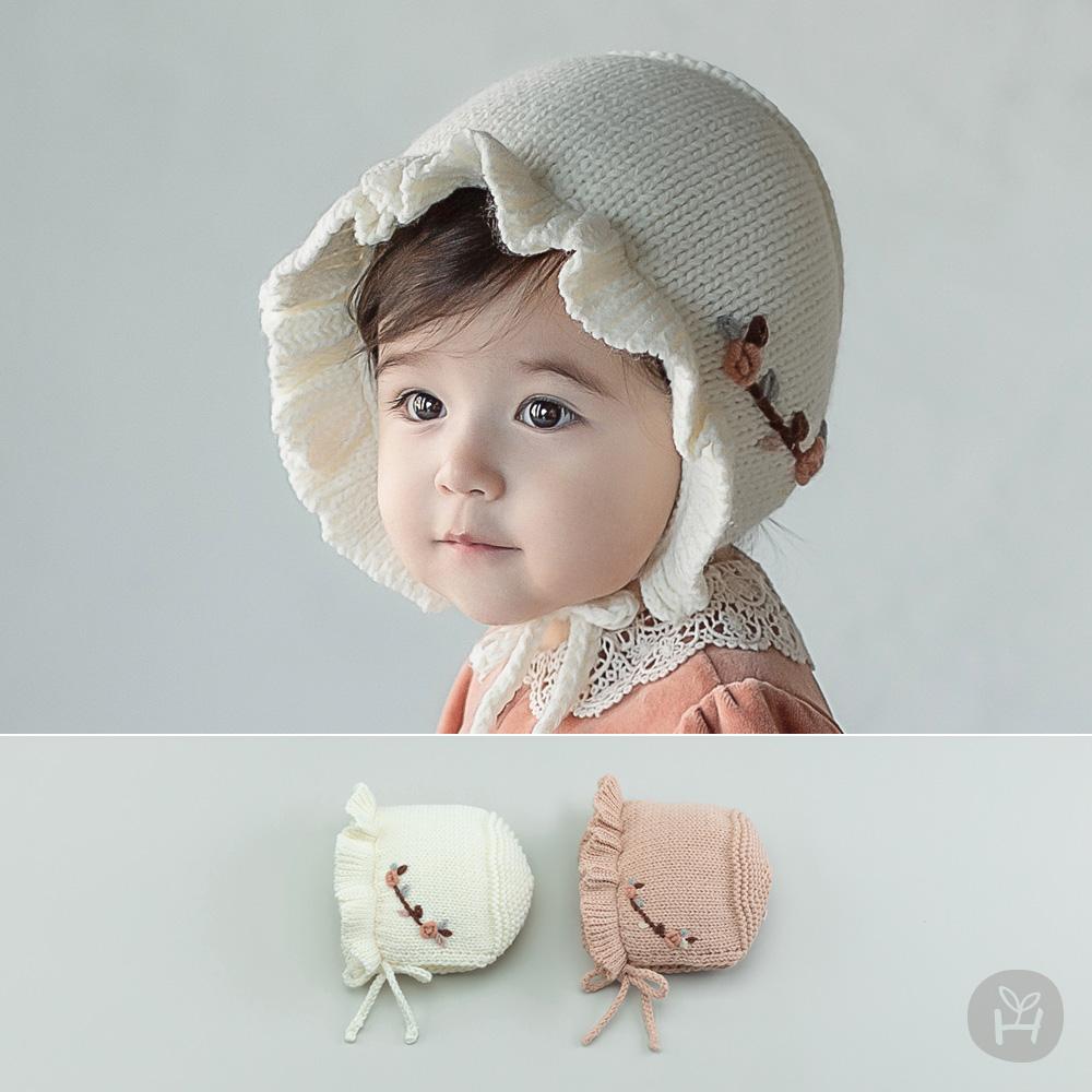 Flower Knit Baby Bonnet